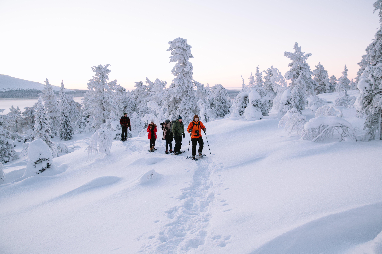 Sneeuwschoenwandelen is rustgevend