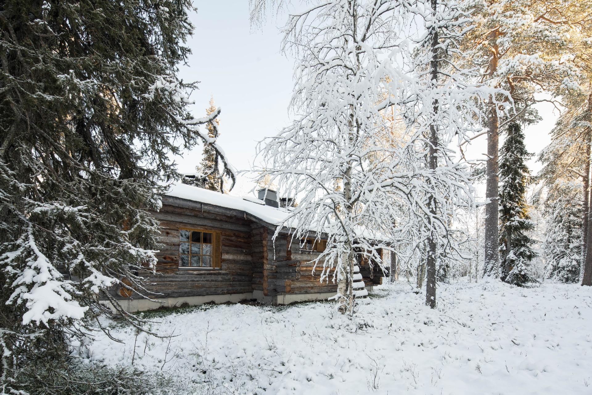 luostotunturi-log-cabins-10--1